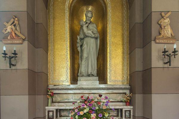 parrocchia-della-crocetta-015F2DAEC03-5353-AB5A-BB56-1C311A2A1601.jpg